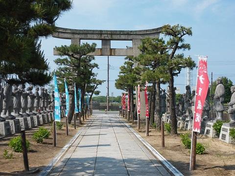 大石神社石像
